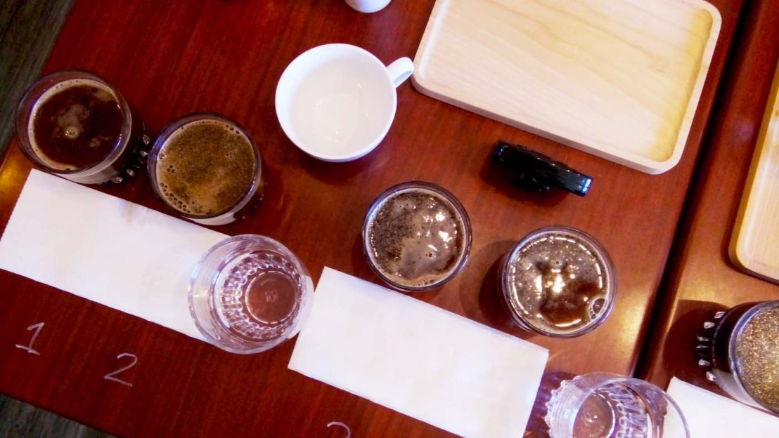 Cupping at Uggy Café with 18 Different CoffeeBeans