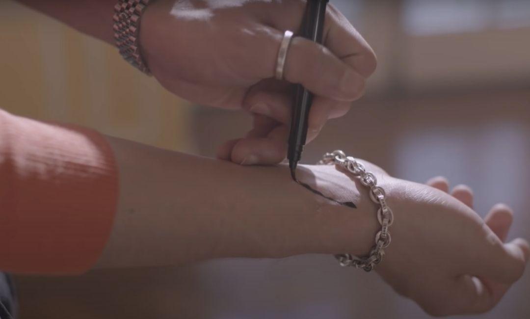 Jonghyun Lonely MV